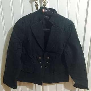 Veeko 黑色西裝外套