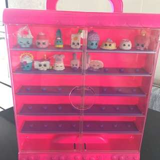 Toys : Shopkins Display Stand with Figurines