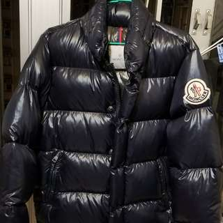 Moncler 75% new down (Size 1)