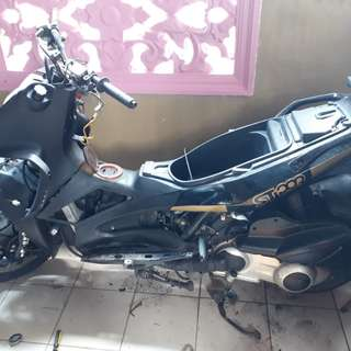 Gillera st200 going to srap (parts for sale) price nego