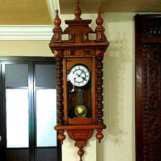 Antique-Pendulum Clock