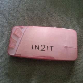 IN2IT 2-way foundation.