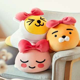 Kakao Friends body plush pillow / choose ribbon Ryan / Apeach / Muzi