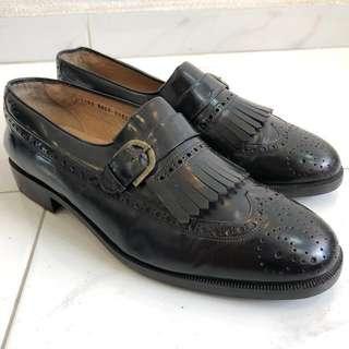 Men's black loafers