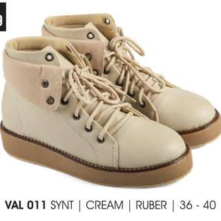 VAL 011 SYNTH CREAM