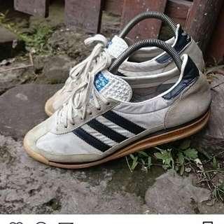 Adidassl72