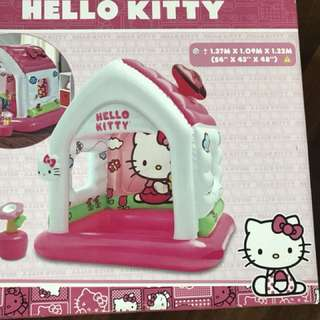Hello Kitty fun cottage