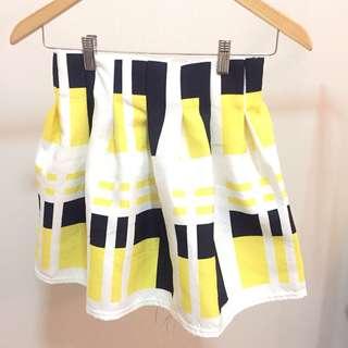 Art skirt