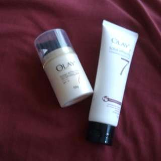 2in1 OLAY total effect anti-ageing