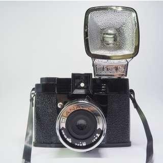 [正品九成新]Lomography Diana F+ 底片相機 + 55mm廣角鏡頭 +特寫鏡頭