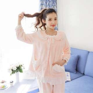 🚚 「 雜貨櫃 」甜美 秋冬貝殼絨 保暖兩件式 睡衣/居家服/ 套裝