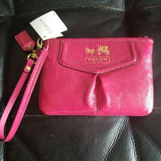 Coach small bag leather wristlet Hot pink color 漆皮手腕包