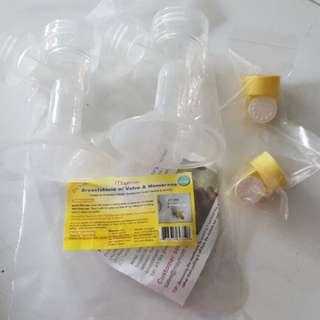Breast pump shield w valve & membrane, 21mm