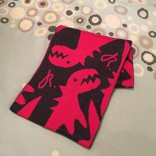 Agnes b 桃紅色恐龍頸巾