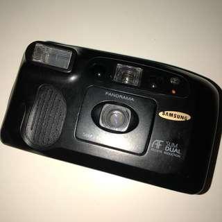 35mm Samsung Panorama AF Dual Film Camera