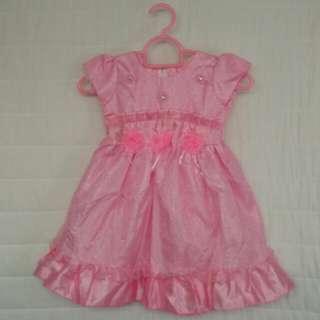 Pink girl's dress Size (L)arge