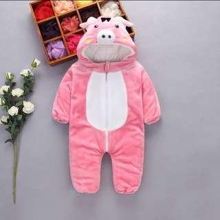 6-12mths Kids piggy onesie