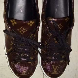 LV shoes (Last price)
