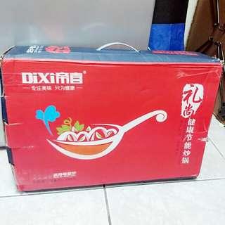 Dixi 帝喜 健康節能炒鍋 炒菜鍋(附菜刀跟鍋鏟)適用電磁爐