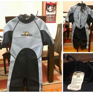 Wetsuit - youth size 16