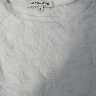 Kaos putih bordir