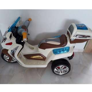 Battery Operated  Bikes / Children Battery Operated MotorBike-price reduced 👍