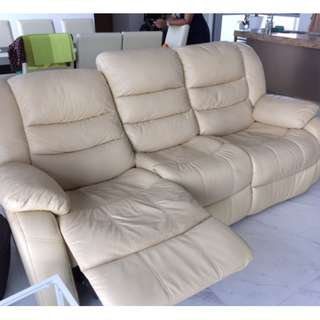 3 seats sofa, beige leather, very comfy