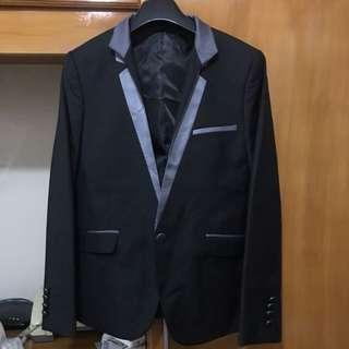 Onesimus Tuxedo size 44