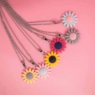 Sun flower necklace