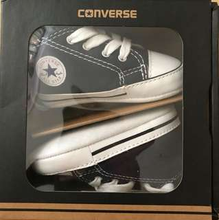 Converse Baby Shoes - Size 2 for 3 to 6 months