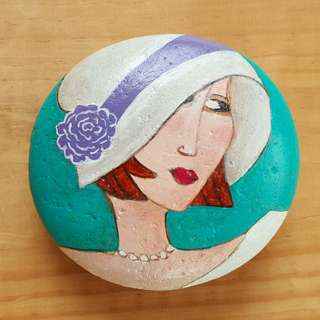 Individually acrylic hand painted on large pebble, Pretty Woman
