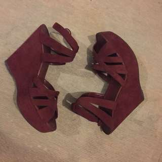 8.5 Charles & Keith Burgundy wedge