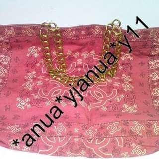 (二手品) 最後劈價 $2000 真品 Chanel logo 2ways chain tote bag 平過買銀包 大大個 好好用