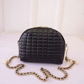 Slingbag Hitam Import