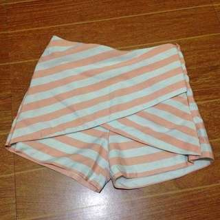 Rush Sale!! PYT Shorts in peach/white Stripes 💕