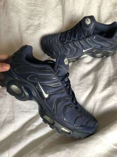 NIKE TNS lIMITED EDITION