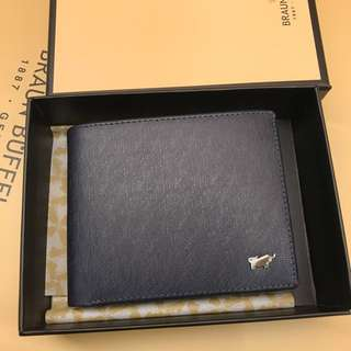 Braun Buffel Wallet navy blue comes with biz and carrier