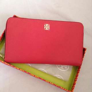 Authentic Tory Burch Zippy Long Wallet