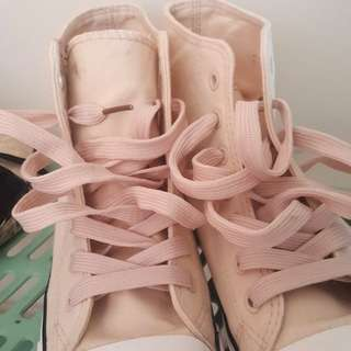 Pinkish Off-white high cut shoes