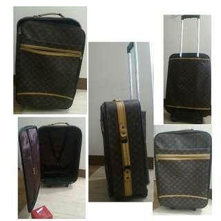Louis Vuitton Travel Language