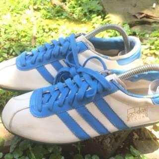 Adidas Rekord strip Blue