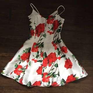 Pretty dress 😍🌹