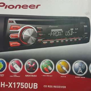 Pioneer Head Unit (car stereo)