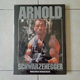 90s ARNOLD SCHWARZENEGGER page 96 book condition yellowing 8/10