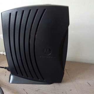 Motorola modem& Tenda router