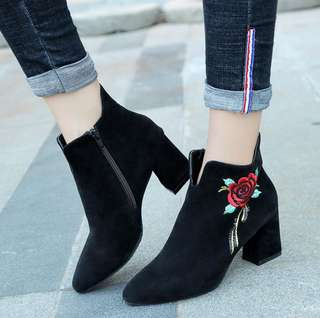 Black Coloured Rose Embroidery With Side Zip Designed Highcut Boots