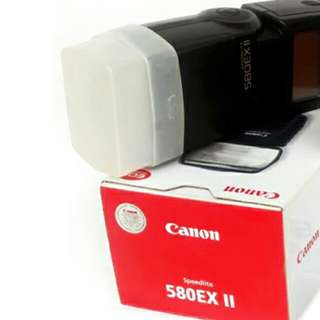 Canon Speedlight 580ex ii with diffuserthe