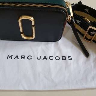 Marc Jacobs Authentic