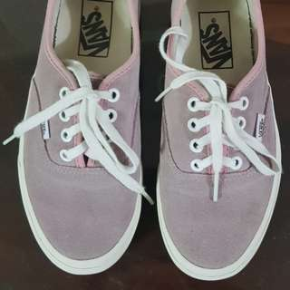 Van's Old Rose Suede Snickers