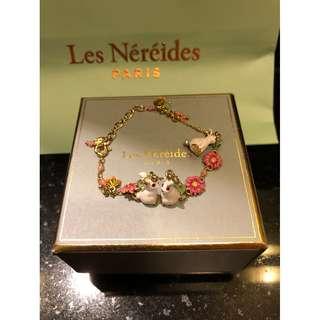Les Nereides Paris Fantasy Garden - 3 RABBITS, FLOWERS AND CHARMS BRACELET